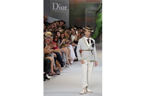 (FILES) A picture taken on July 5, 2010 shows British chief designer John Galliano acknowledging...